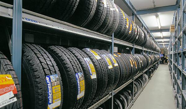 Storelab horizontal tyre racking
